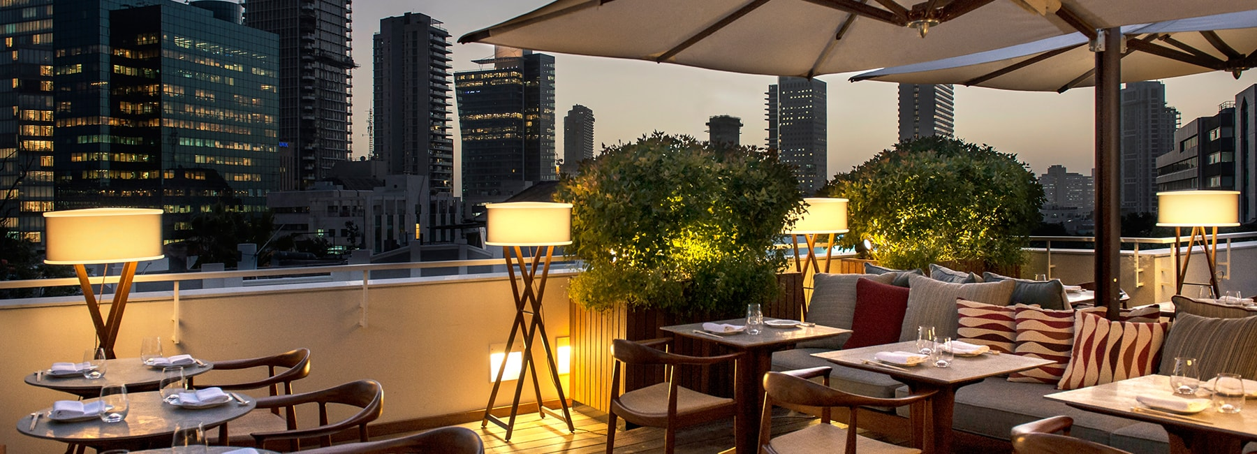dinings restaurant terraces the norman hotel tel aviv. Black Bedroom Furniture Sets. Home Design Ideas